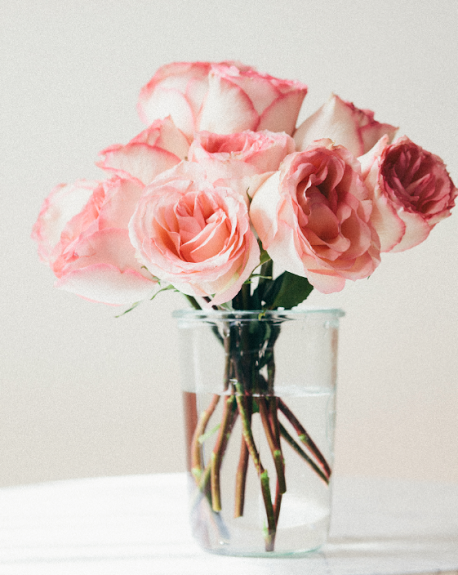 how-to-arrange-supermarket-deli-flowers-cupofjo-roses