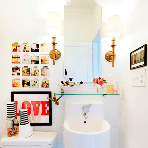 cute bathroom | via vmac+cheese