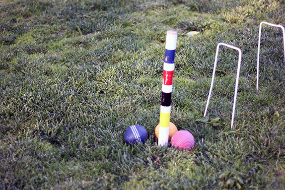 playing croquet | via vmac+cheese