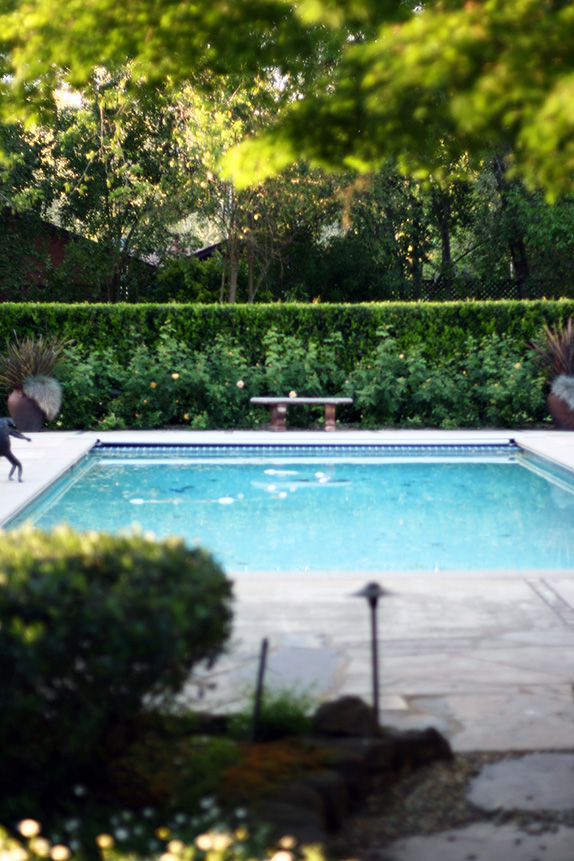 perfect garden pool | via vmac+cheese