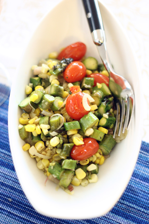 summer succotash with corn, asparagus, tomatoes | via vmac+cheese
