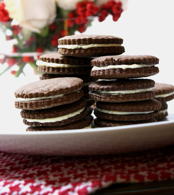 gingerbread sandwich cookies - holiday cookie recipe