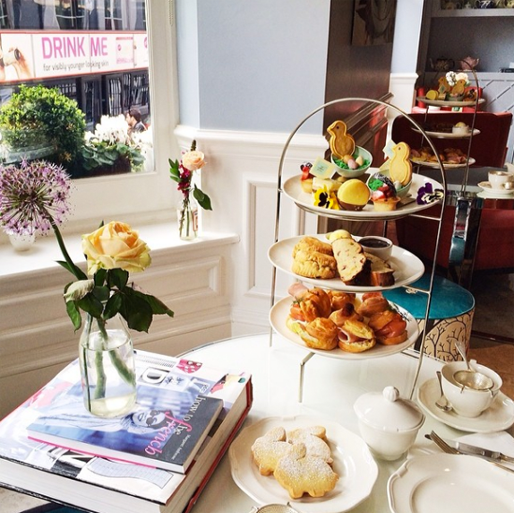 brunch in london - sezane instagram