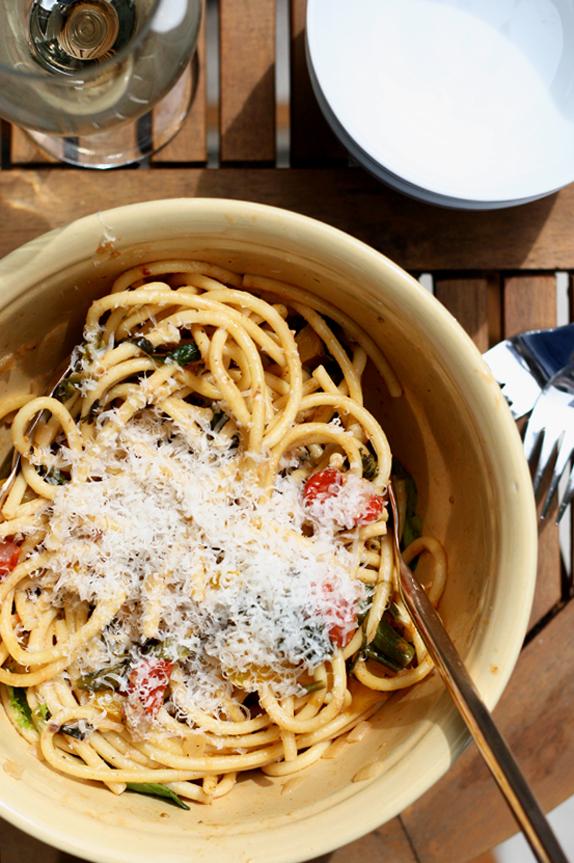 simple pasta recipe - chicken pasta primavera