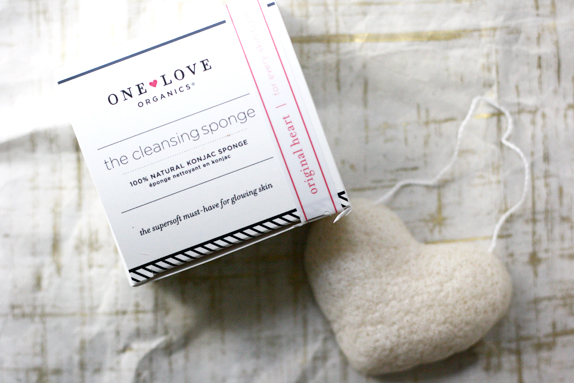 one love organics cleansing sponge review