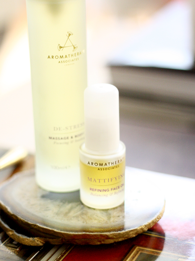 review of aromatherapy associates refining face oil