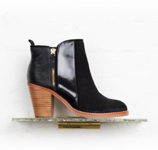spring app -- boots by matt bernson