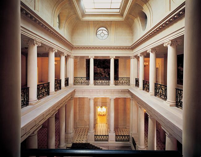 grand staircase - carolands