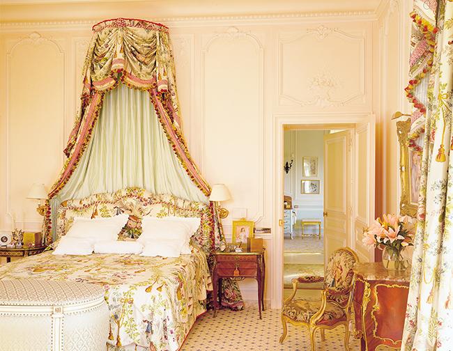 mrs carolan's bedroom