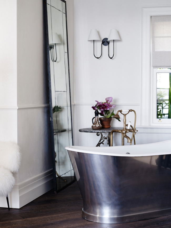 bedroom tour - Vogue AU - Justin Hemmes bathroom