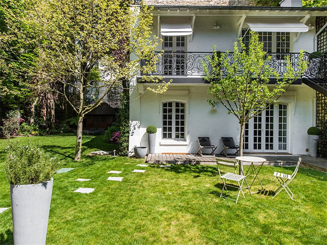 Home in Auteuil, Paris - Garden