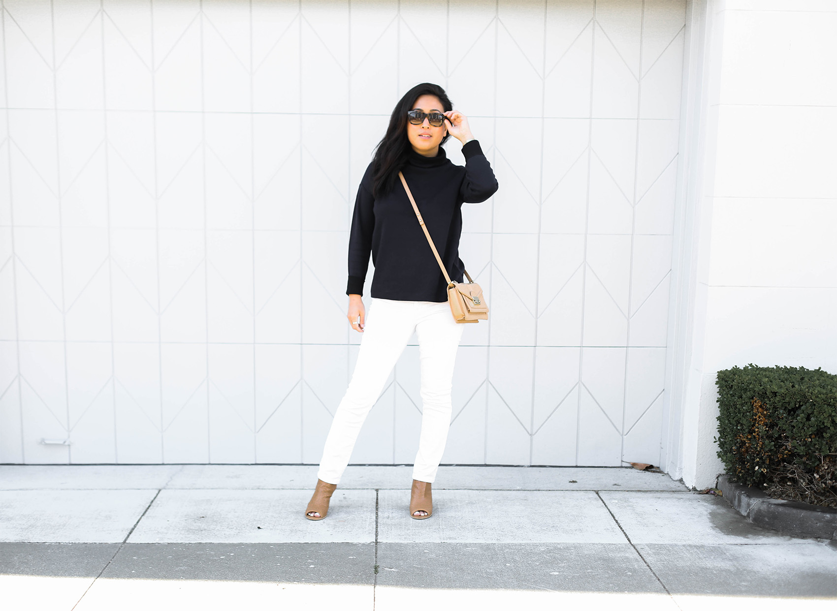 @victoriamstudio | details- Everlane double knit cotton turtleneck, j brand white jeans, steve madden suzy booties, loeffler randall mini rider bag