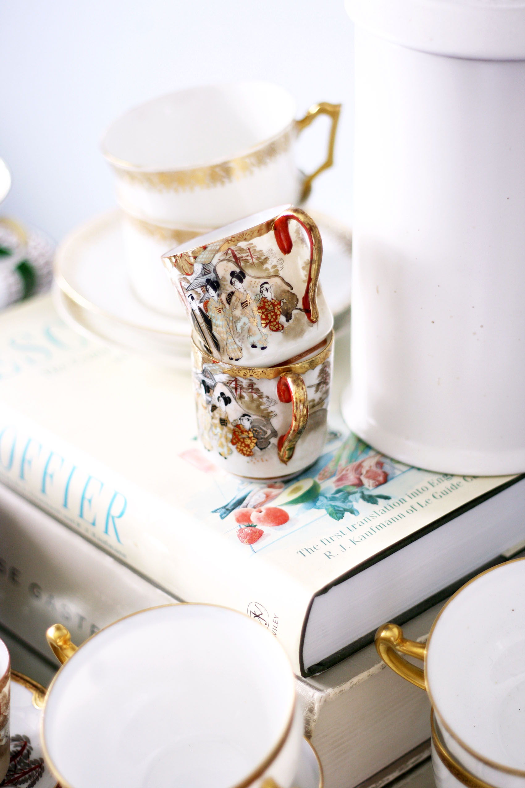 antique demitasse cups | via @victoriamstudio