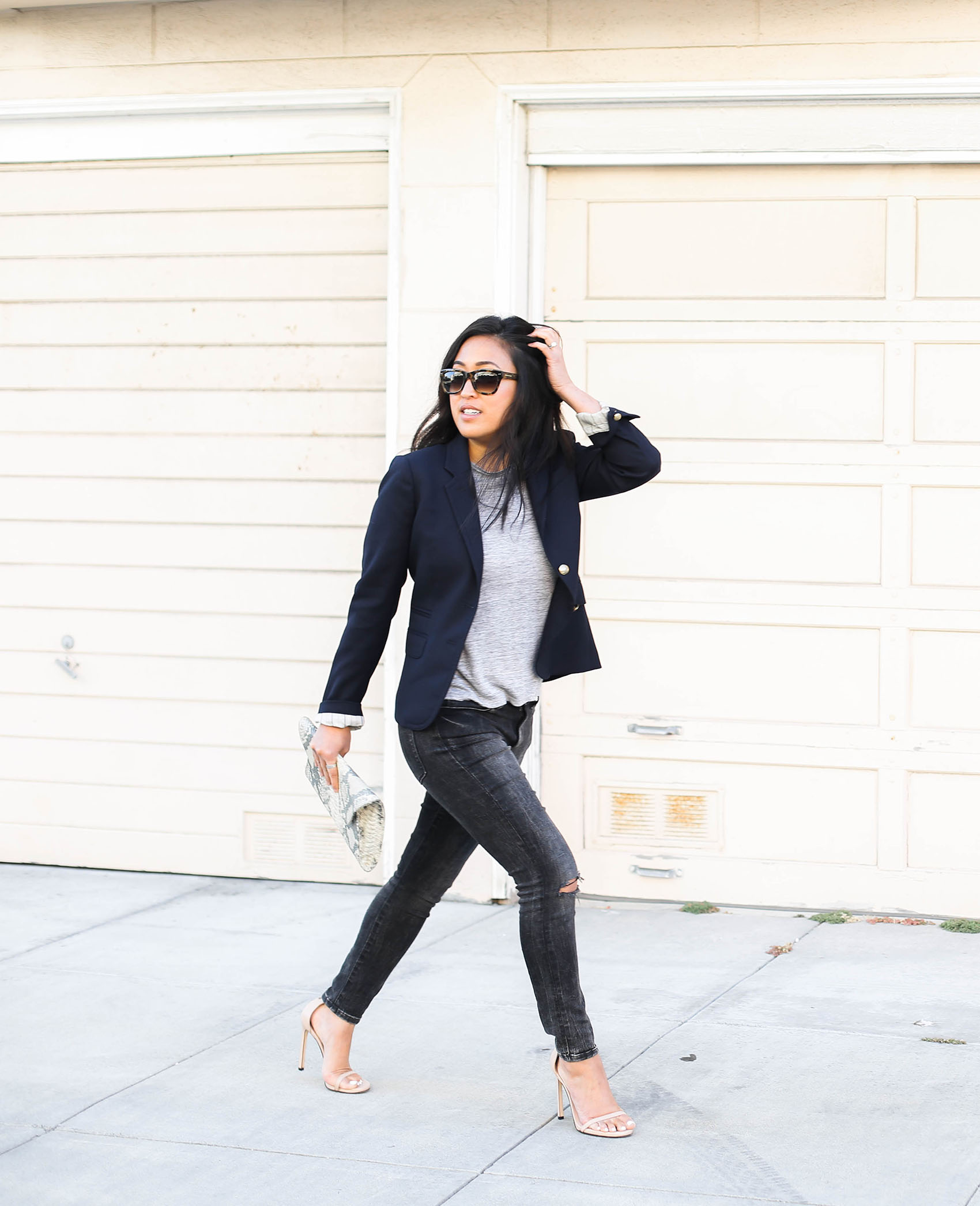 easy day to night style with a blazer | via @victoriamstudio