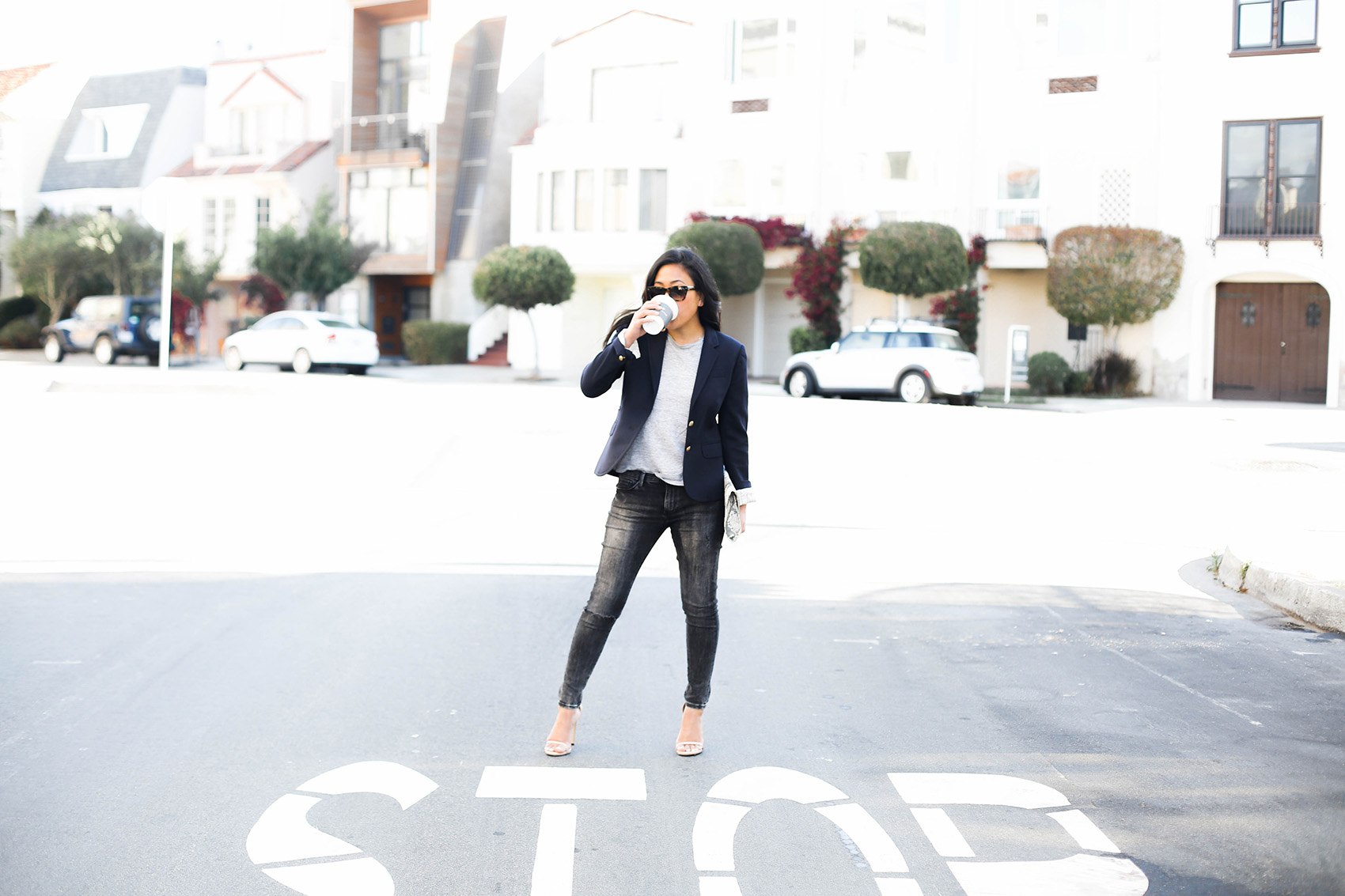 simple day to night style - add a blazer and heels | via @victoriamstudio