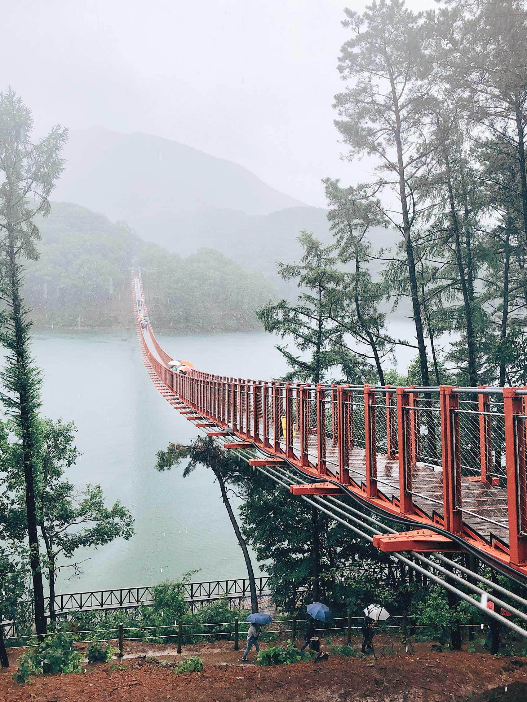 majang lake reservoir suspension bridge